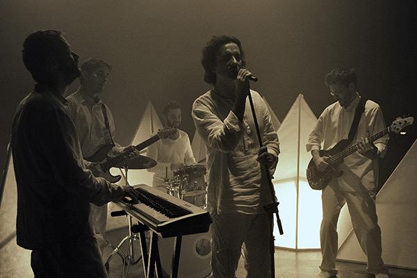 Koncertna promocija novog albuma grupe Azil 5