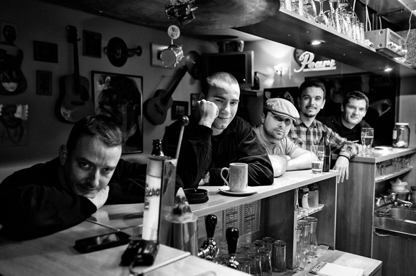 """Šinobusi predstavili video singl """"Preko polja, pa u brda"""" kao najavu novog studijskog albuma"""