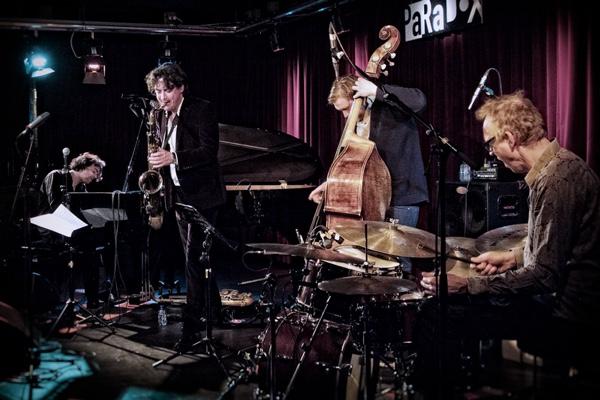 Juri Honing Acoustic Quartet na Nišvilu